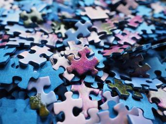 pieces_puzzle_puzzle_play_0